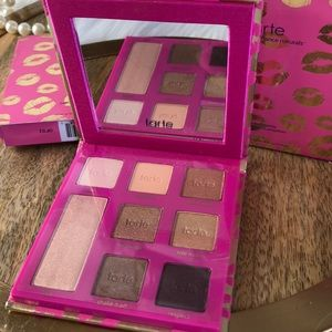 Tarte eyeshadow Makeup palette New w/ Mirror